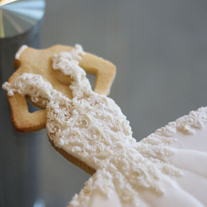 luxury-elegant-wedding-bridal-cookies-bride-full-dress-detail-nina-bakes-cakes