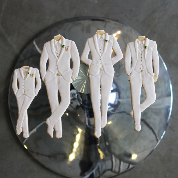 luxury-elegant-wedding-groom-groomsmen-cookies-nina-bakes-cakes-web